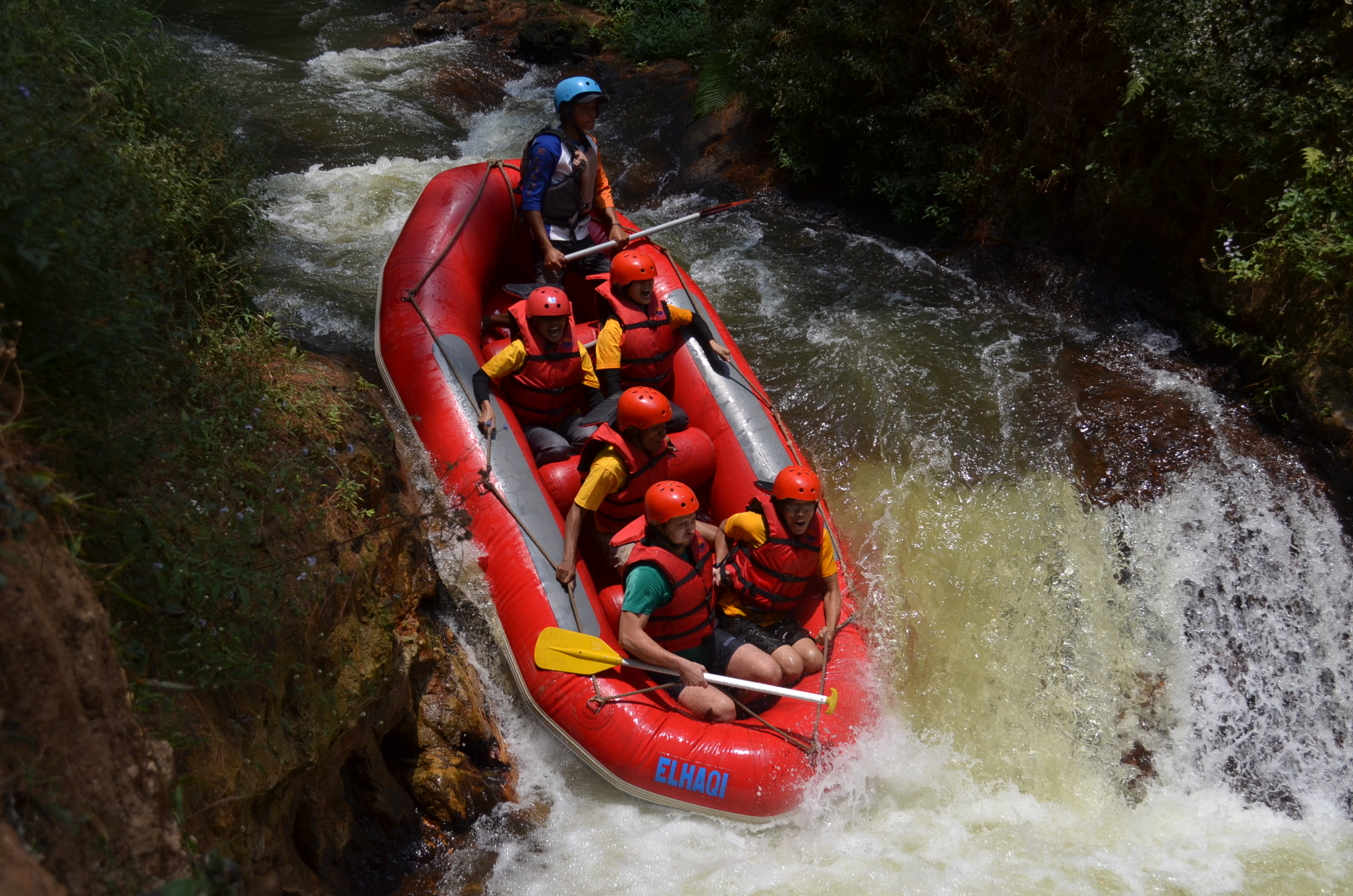 wahana-wisata-rafting-pangalengan-bandung-selatan-12