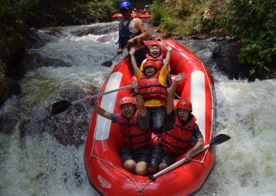 wahana-wisata-rafting-pangalengan-bandung-selatan-14
