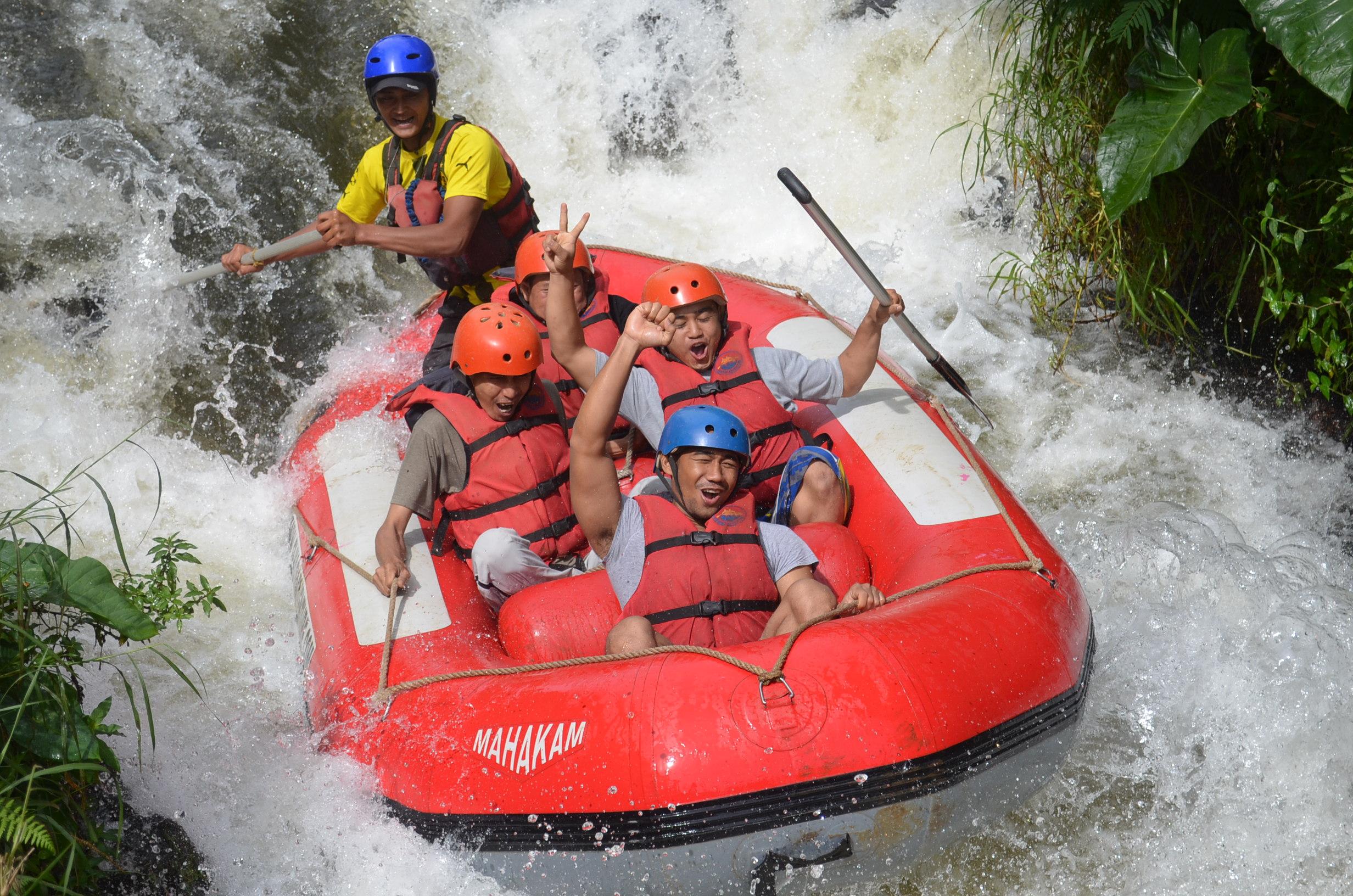 wahana-wisata-rafting-pangalengan-bandung-selatan-23