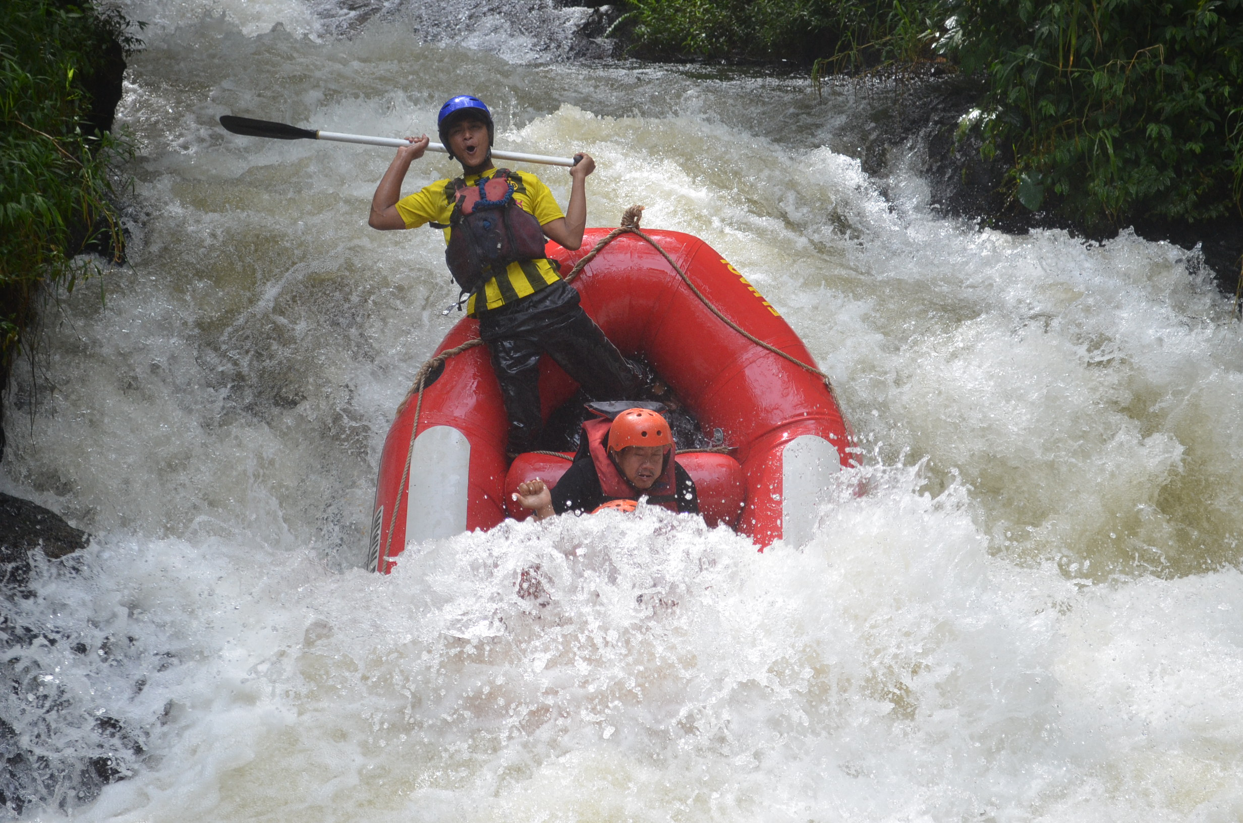 wahana-wisata-rafting-pangalengan-bandung-selatan-30