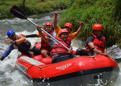 wahana-wisata-rafting-pangalengan-bandung-selatan-9