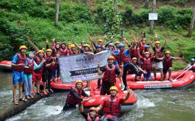 Asyiknya PT Denso Indonesia Mengikuti Arung Jeram Bandung