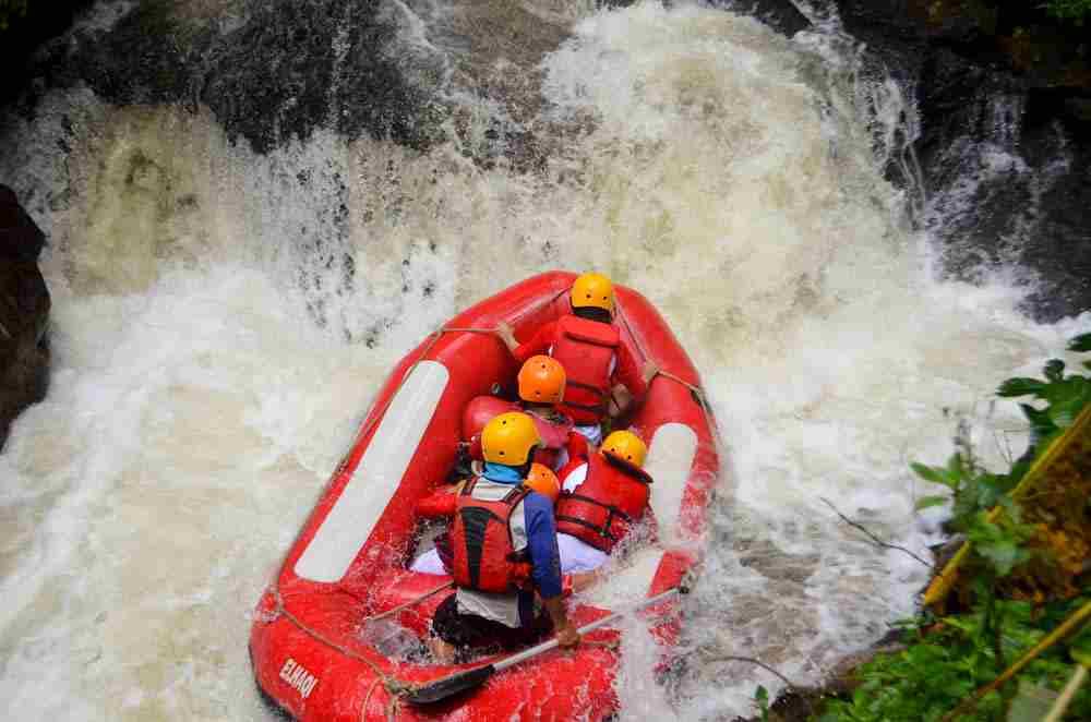 Kesalahan Umum yang Sering Terjadi saat Rafting Pangalengan yang Sebaiknya Dihindari