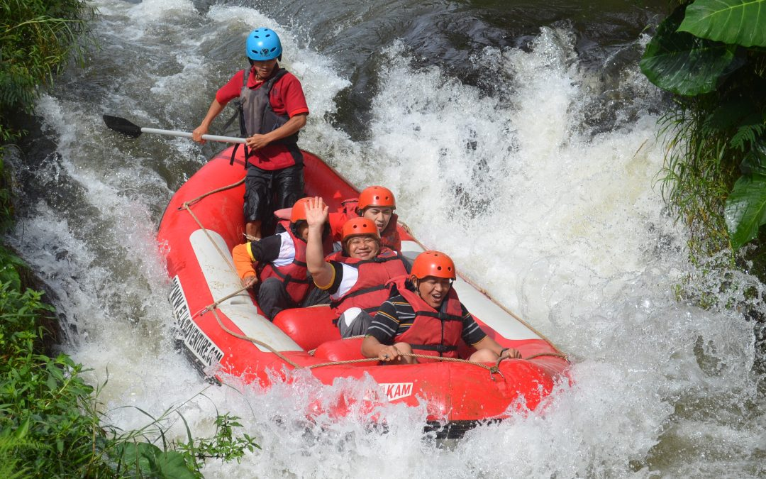 Wisata Arung Jeram di Pangalengan Kabupaten Bandung