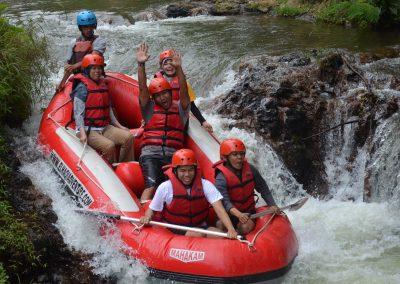wahana-wisata-rafting-pangalengan-bandung-selatan-3