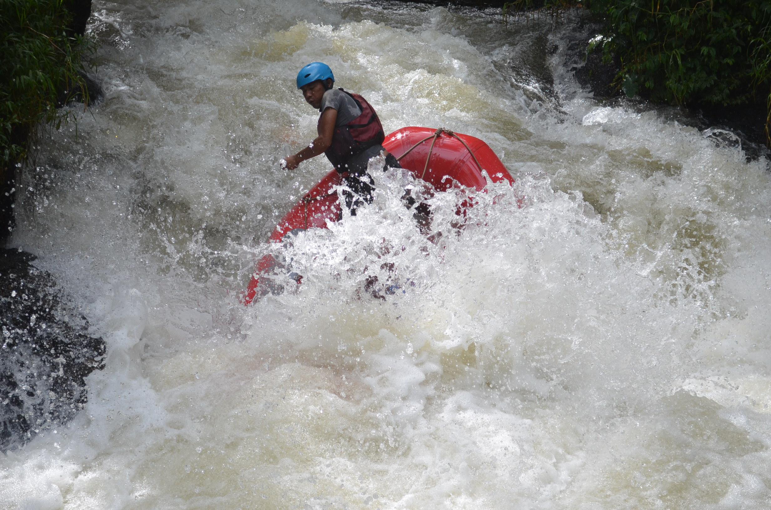 wahana-wisata-rafting-pangalengan-bandung-selatan-32