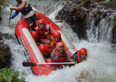 wahana-wisata-rafting-pangalengan-bandung-selatan-4
